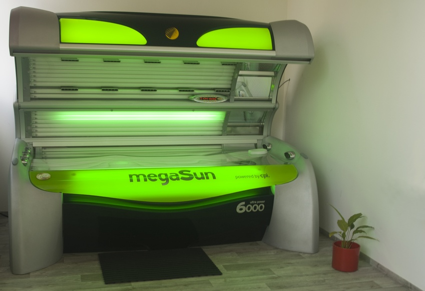 Solárium MegaSun Ultra Power 6000 CPI - Panther Gym
